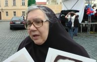 Монахиня Людмила (Шульцова) на «Бессмертный полк 2017» в Праге