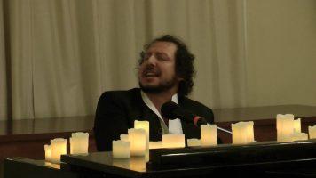 Александр Прохоров исполняет русские романсы